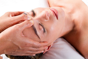 head and face massage